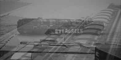 Suez-Evergreen-Stuck_B_W1